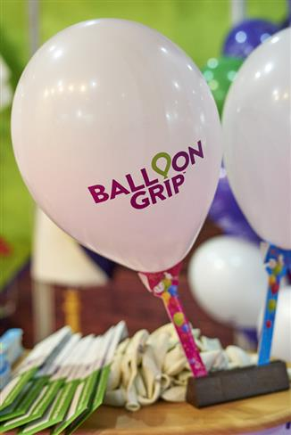 B-Loony Invents Plastic Free Balloon Holder